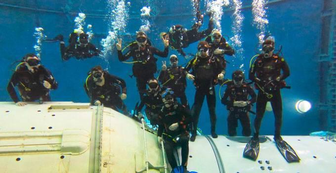 Клуб подводного плавания москва ночной клуб играть в спб